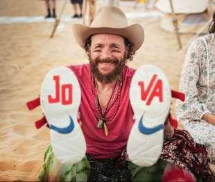 jovanotti-allo-jova-beach-party-1183137_tn